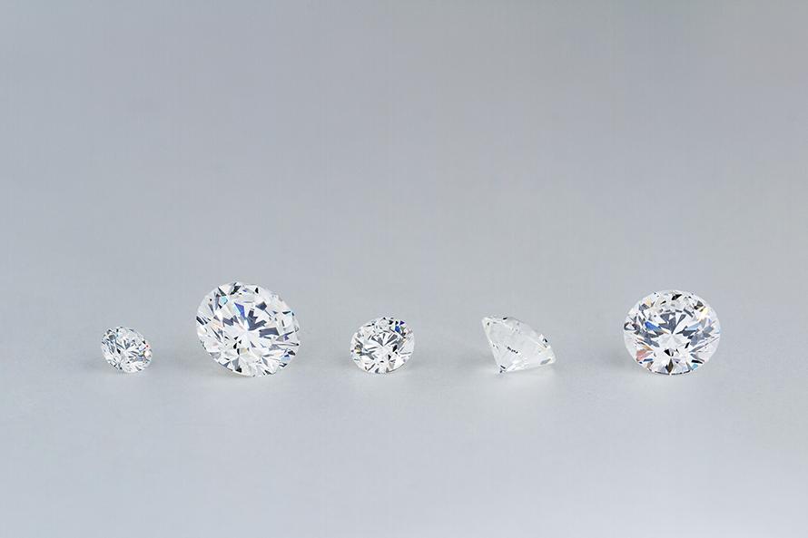 同じ品質のダイヤモンドでも価格が違うのはなぜ?
