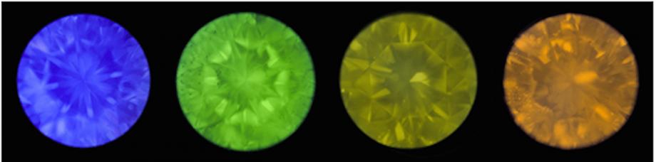 ダイヤモンドの蛍光性とは?の画像