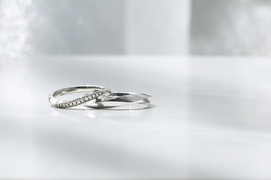 婚約指輪と結婚指輪の新作セットリングのご紹介の画像