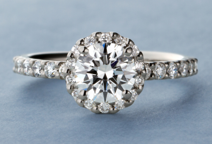 「やっと婚約指輪をプレゼントできました!」の画像