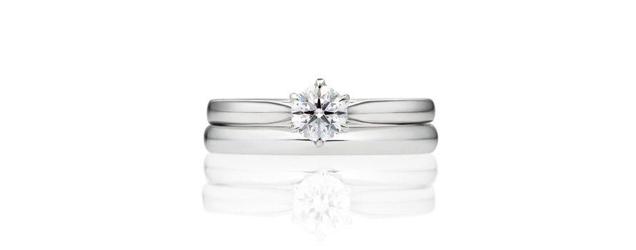 重ねづけにぴったりな婚約指輪(エンゲージリング)の画像